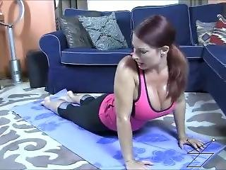 Hot Yoga Mom Joi