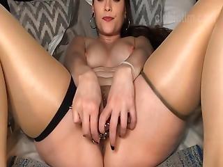 German Milf Pussy Gape With Urethral Insertion