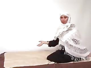Muslimische Drecksnutte Mit Kopftuch Abgefickt