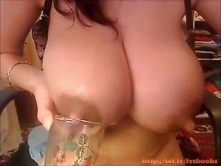 Enormous Tits Amateur Pregnant Girl Lactating Nipples