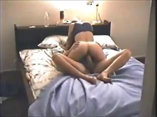 Hot Chick On Hidden Cam