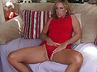 Experienced Housewife Solo Orgasm