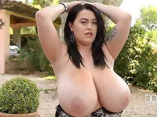 Curvy Babe Plays With Her Big Natural Tits
