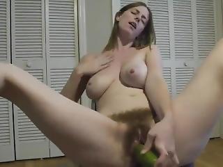 μεγάλο βυζί, μελαχροινή, αγγούρι, γαμήσι, αυνανισμός, σόλο, παιχνίδια, webcam