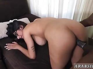 Arab White Cock Mia Khalifa Tries A Big Black Dick