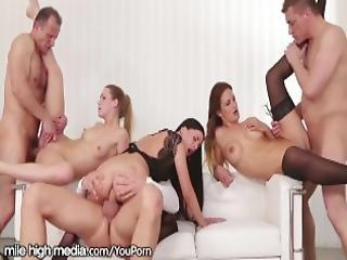 anal, blondin, brunett, röv, kotjej, knullar, gruppsex, orgie, morsk, sex, strumpa, swinger, fru