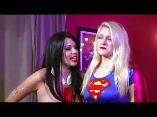 Xchange Vampire Vs Supergirl