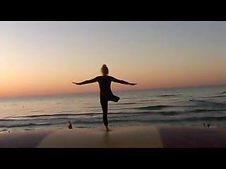 Amputee Beach Hopping