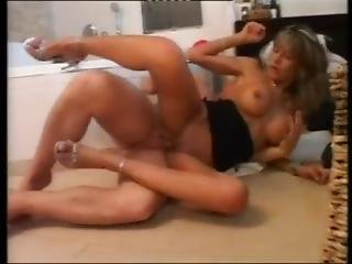 Turkish Pornstar Nena Blow Bathroom Fuck