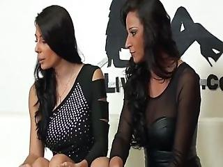Sofia Has Sex With Martina Gold In Her Live Sex Show
