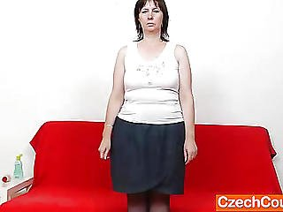 Mommy Gapes Her Pussy In Stockings