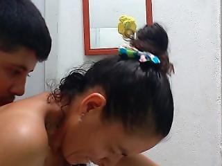 Anal In The Bathroom With My Wife/ Anal En El BaÑo Con Mi Esposa