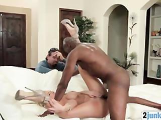 Cheating Blonde Mom Fucks Black Guy In Front Of Cuckold Huband