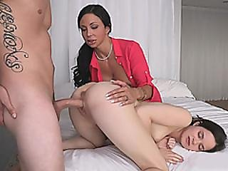 Cute Teen And Busty Stepmom Hot Threeway In The Bedroom