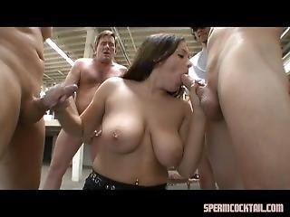 stor pupp, blowjob, brunette, bukkake, gruppesex, pornostjerne, sperm, svelge