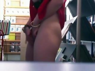 Amateur Masturbation At The Work Floor