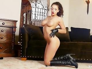 Leather Bound, Kelsi Shay