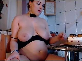 Eva36d Birthday Cake & Weigh In