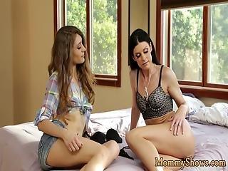 Milf Beauty Scissors With Teen Stepdaughter