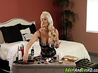 Oiled Up Babes Eat Out
