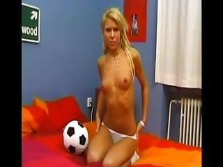 World Of Teeny Soccer   Scene 5