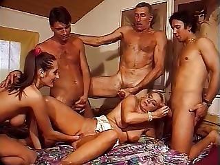pozhilie-dvoynoe-proniknovenie-porno