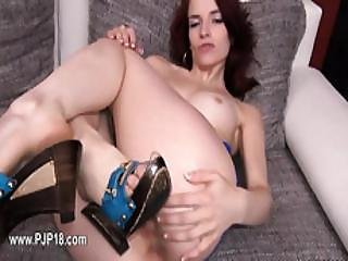 Hungarian Model Gaping With Gyno Toys