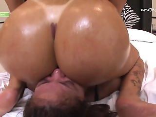 Terezas Big White Butt First Facesitting