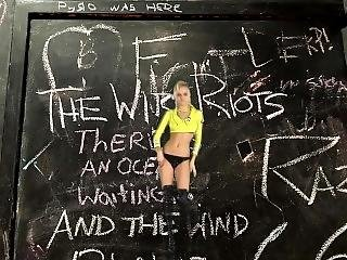 Hot Blondes Strip To The Wire Riots (head)
