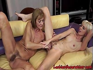 Mature Chick Fingering Teens Piercedpussy