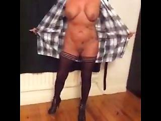 Lu From Dates25.com - Amateur Milf Wife Flashing Tits In Stockings Sexymilfsue