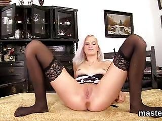 Exceptional Czech Idol Is Opening Up Trimmed Snatch And Slides Speculum Deep Inside Having The Best Climax