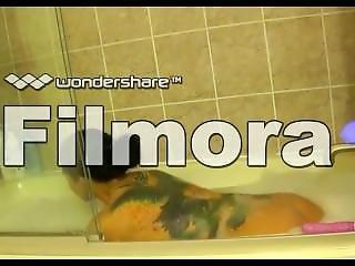 Vera Snow: Private Bathroom Sex Tape