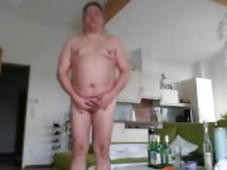 Mikropenis Michael Skotnik: Ich bin immer nackt in der Wohnung