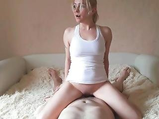 Russian Milf Feels The Pain Of Anal Sex