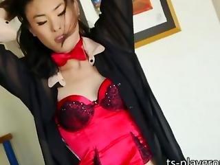 Tempting Ladyboy Yuri Myeon Jacks Off