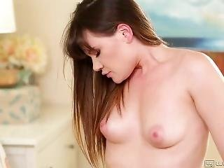 Hot Keisha Grey Fucks Wet Alison Rey