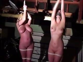 rubia, esclavitud, fetiche, garaje