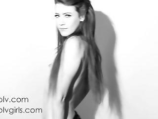 Elle Alexandra Kawaii Strip Dance.(soft But Cute And Sexy)