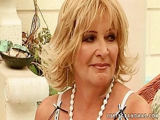 Granny And A Teen Fuck Each Other With A Dildo