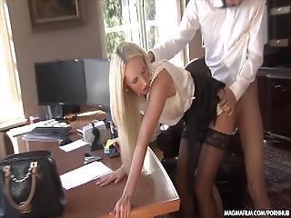 Teen μαμά αστέρι πορνό βίντεο