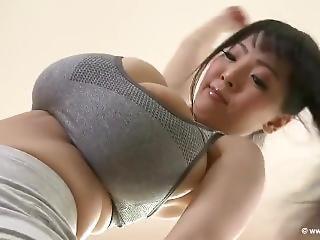 gros téton, seins, japonaise, star du porno, embêter
