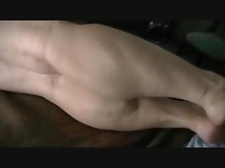 Gretchen Pumping Her Muscular Calves