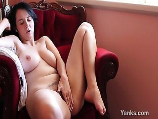 Chesty Yanks Aeryn Masturbating Her Hairy Pussy