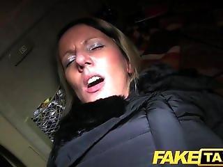 素人, おまんこ, 大きなおまんこ, 巨乳, ブロンド, フェラチオ, カー, カップル, クリーム, オーラル, ハメ撮り, セックス, 剃った, タクシー, 膣