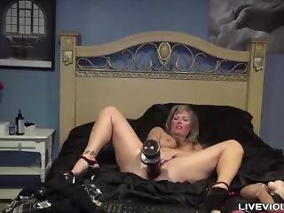 Hot Milf Crystal With Long Pussy Lips Rides Huge Dildo