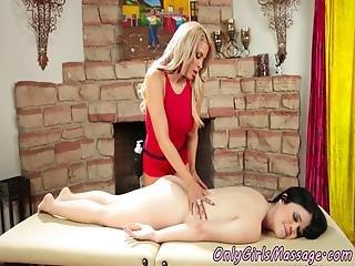 bonasse, gros téton, lesbienne, massage