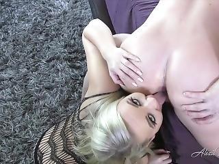 Blonde Rimjob