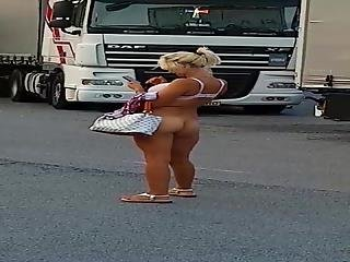 Nude Hooker In Autogrill Savona Italy