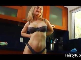 cozinha, masturbação, madura, milf, estrela porno
